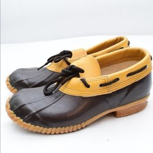 Leather duck booties shoes/ perfect for allWeather
